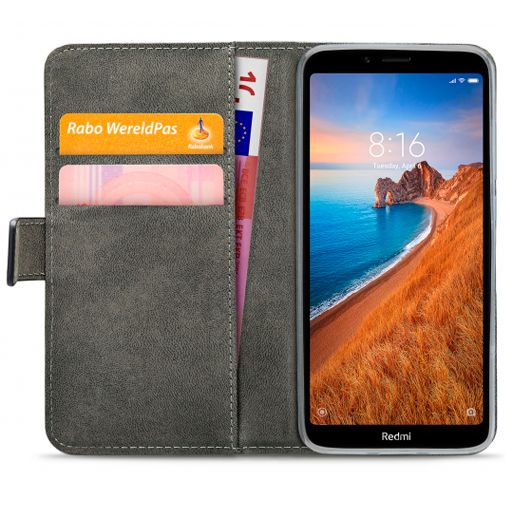 Productafbeelding van de Mobilize Classic Gelly Wallet Book Case Black Xiaomi Redmi 7A