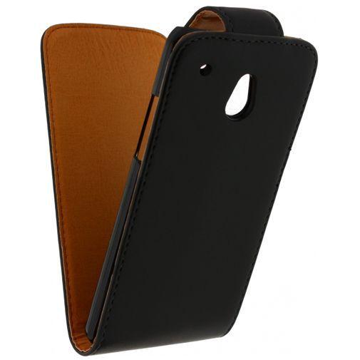 Productafbeelding van de Xccess Leather Flip Case Black HTC One Mini