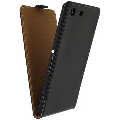 Productafbeelding van de Mobilize Classic Flip Case Black Sony Xperia M5