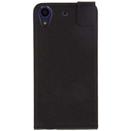 Productafbeelding van de Mobilize Classic Gelly Flip Case Black HTC Desire 650