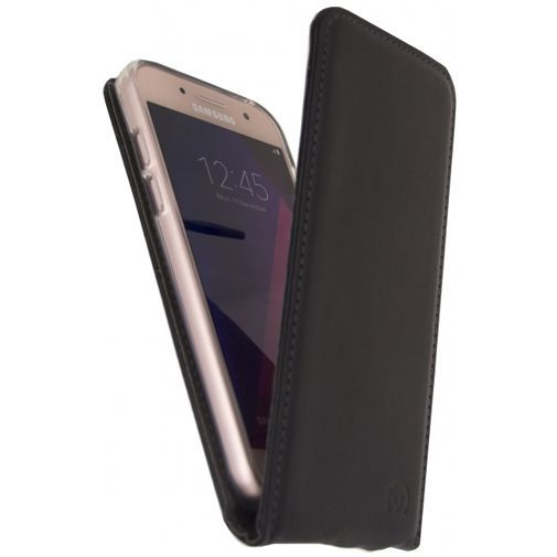 Productafbeelding van de Mobilize Classic Gelly Flip Case Black Samsung Galaxy A3 (2017)