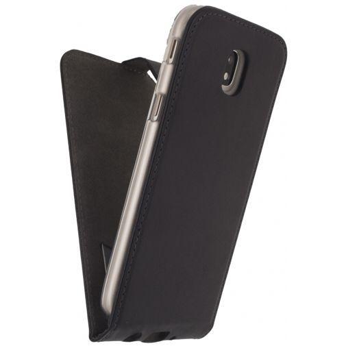 Productafbeelding van de Mobilize Classic Gelly Flip Case Black Samsung Galaxy J7 (2017)