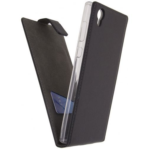 Productafbeelding van de Mobilize Classic Gelly Flip Case Black Sony Xperia L1