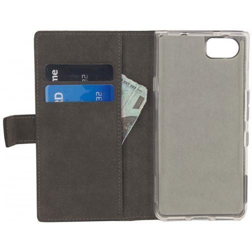 Productafbeelding van de Mobilize Classic Gelly Wallet Book Case Black BlackBerry KEYone