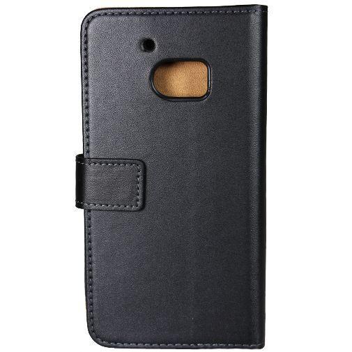 Productafbeelding van de Mobilize Classic Wallet Book Case Black HTC 10 (Lifestyle)