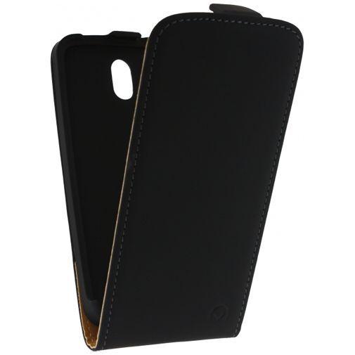 Productafbeelding van de Mobilize Ultra Slim Flip Case Black HTC Desire 500