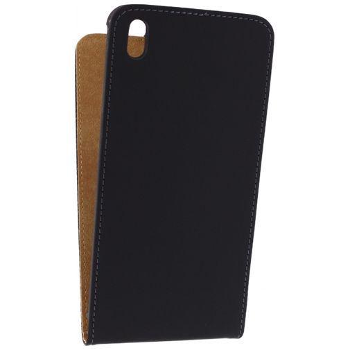 Productafbeelding van de Mobilize Ultra Slim Flip Case Black HTC Desire 816