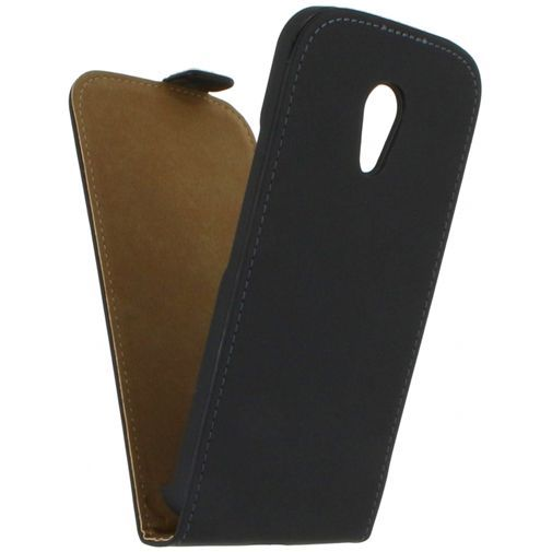 Productafbeelding van de Mobilize Ultra Slim Flip Case Black Motorola New Moto G