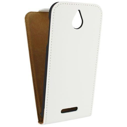 Productafbeelding van de Mobilize Ultra Slim Flip Case White HTC Desire 510