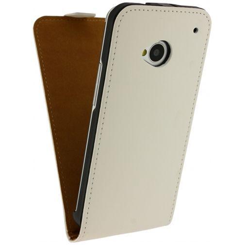 Productafbeelding van de Mobilize Ultra Slim Flip Case White HTC One