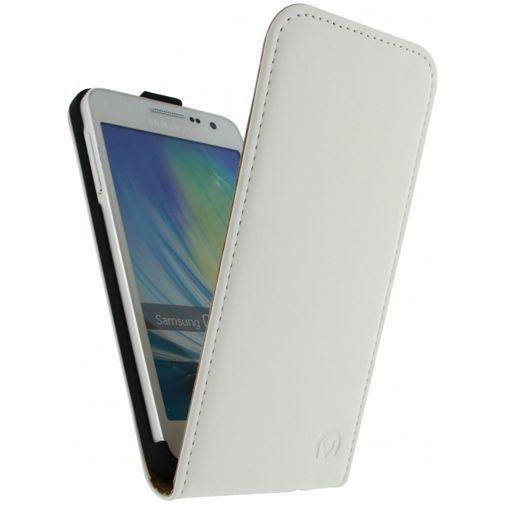 Productafbeelding van de Mobilize Ultra Slim Flip Case White Samsung Galaxy A3