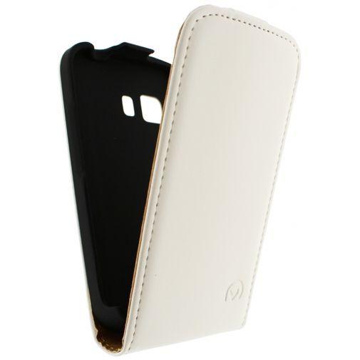 Productafbeelding van de Mobilize Ultra Slim Flip Case White Samsung Galaxy Young 2