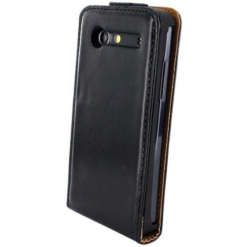 Productafbeelding van de Mobiparts Classic Flip Case Samsung Galaxy S Advance Black