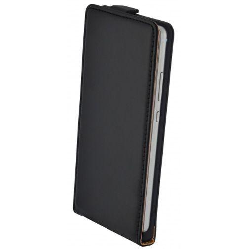 Productafbeelding van de Mobiparts Essential Flip Case Black Huawei P9