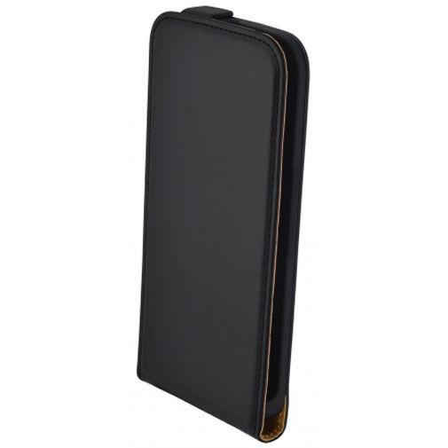 Productafbeelding van de Mobiparts Essential Flip Case Black Motorola Moto G4/G4 Plus