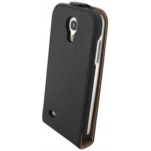 Productafbeelding van de Mobiparts Essential Flip Case Black Samsung Galaxy S4 Mini (VE)