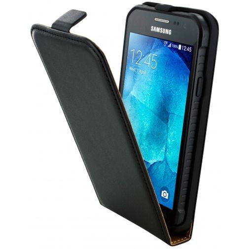 Productafbeelding van de Mobiparts Essential Flip Case Black Samsung Galaxy Xcover 3 (VE)