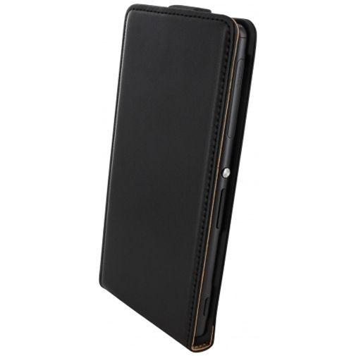 Productafbeelding van de Mobiparts Essential Flip Case Black Sony Xperia Z3/Z3 Plus
