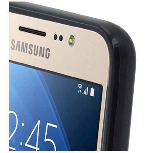 Productafbeelding van de Mobiparts Essential TPU Case Black Samsung Galaxy J7 (2016)