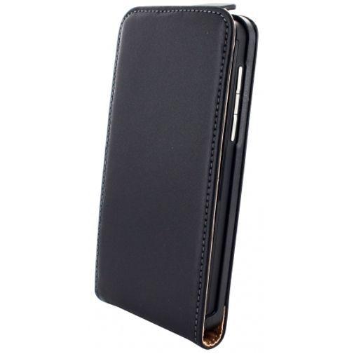Productafbeelding van de Mobiparts PU Flip Case BlackBerry Z10 Black