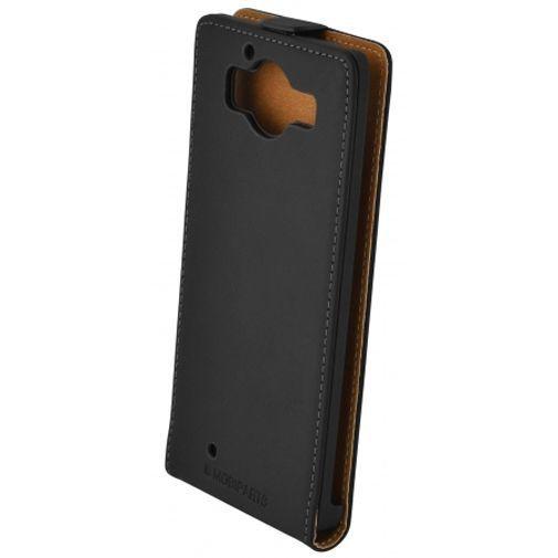 Productafbeelding van de Mobiparts Premium Flip Case Black Microsoft Lumia 950