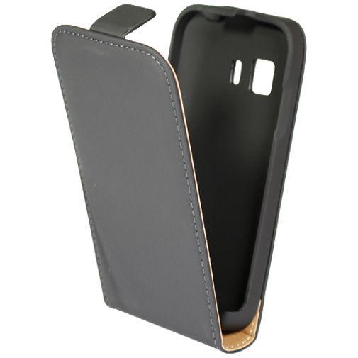 Productafbeelding van de Mobiparts Premium Flip Case Black Samsung Galaxy Young 2
