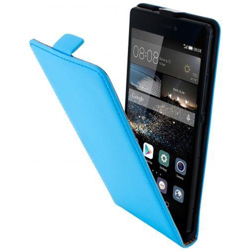 Productafbeelding van de Mobiparts Premium Flip Case Light Blue Huawei P8