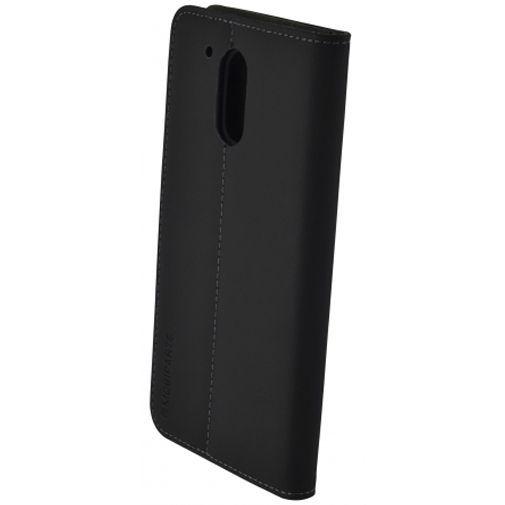Productafbeelding van de Mobiparts Premium Wallet Case Black Motorola Moto G4/G4 Plus
