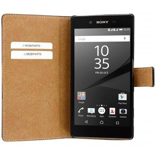 Productafbeelding van de Mobiparts Premium Wallet Case Black Sony Xperia Z5