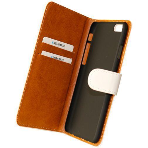 Productafbeelding van de Mobiparts Premium Wallet Case White Apple iPhone 6/6S