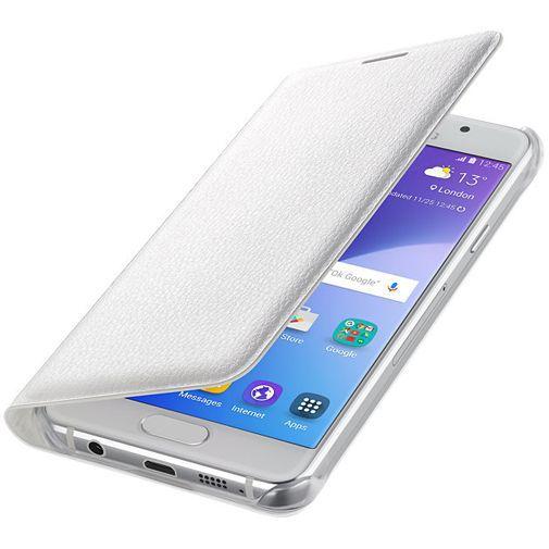 Productafbeelding van de Samsung Flip Cover White Galaxy A3 (2016)
