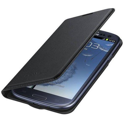 Productafbeelding van de Samsung Galaxy S3 (Neo) Flip Wallet Black
