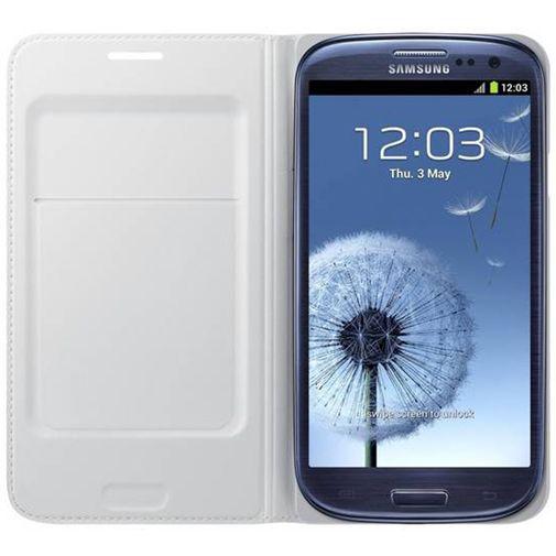 Productafbeelding van de Samsung Galaxy S3 (Neo) Flip Wallet White