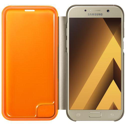 Productafbeelding van de Samsung Neon Flip Cover Gold Galaxy A5 (2017)