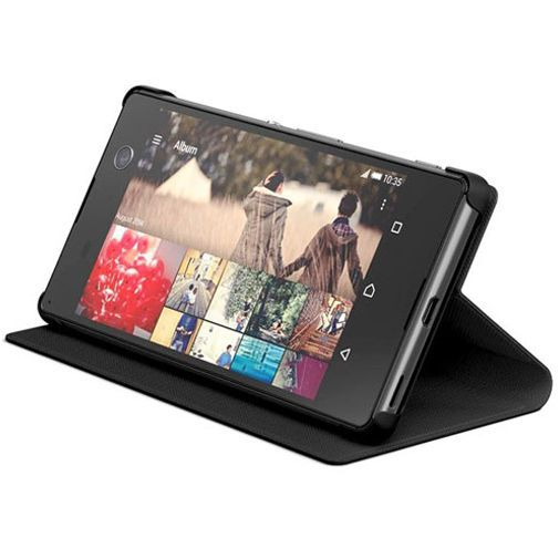 Productafbeelding van de Sony Style Cover Black Xperia M5