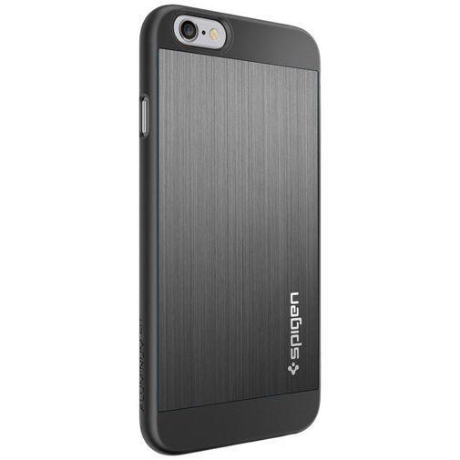 Productafbeelding van de Spigen Aluminium Fit Case Grey Apple iPhone 6/6S