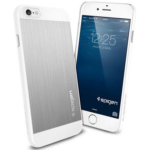 Productafbeelding van de Spigen Aluminium Fit Case Satin Silver Apple iPhone 6/6S