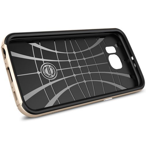 Productafbeelding van de Spigen Neo Hybrid Case Champagne Gold Samsung Galaxy S6