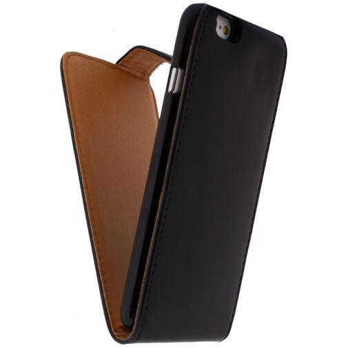 Productafbeelding van de Xccess Leather Flip Case Black Apple iPhone 6/6S