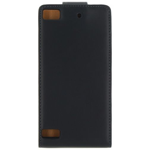 Productafbeelding van de Xccess Leather Flip Case Black BlackBerry Z3
