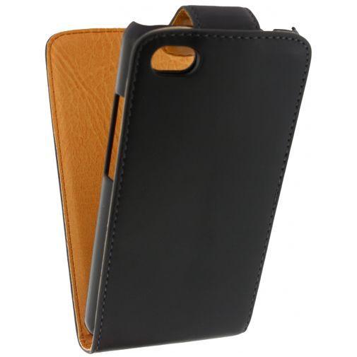 Productafbeelding van de Xccess Leather Flip Case Black BlackBerry Z30