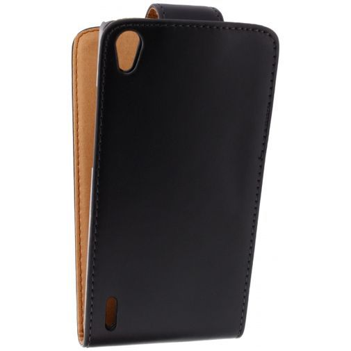 Productafbeelding van de Xccess Leather Flip Case Black Huawei Ascend P7