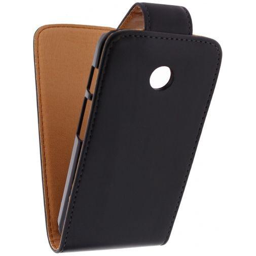 Productafbeelding van de Xccess Leather Flip Case Black Motorola Moto E
