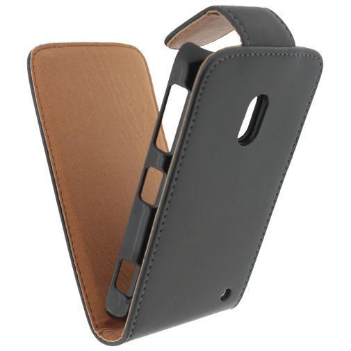Productafbeelding van de Xccess Leather Flip Case Black Nokia Lumia 620