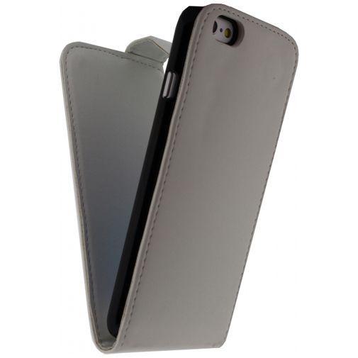 Productafbeelding van de Xccess Leather Flip Case White Apple iPhone 6/6S