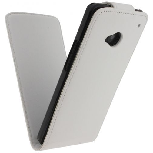 Productafbeelding van de Xccess Leather Flip Case White HTC One