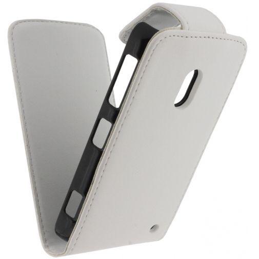 Productafbeelding van de Xccess Leather Flip Case White Nokia Lumia 620