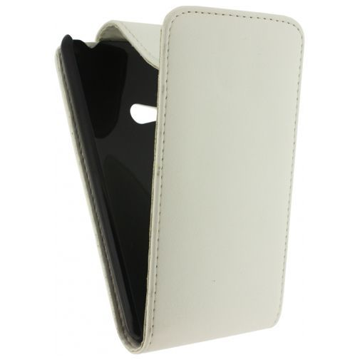 Productafbeelding van de Xccess Leather Flip Case White Nokia Lumia 625