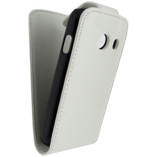 Productafbeelding van de Xccess Leather Flip Case White Samsung Galaxy Ace Style