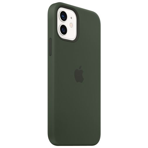 Productafbeelding van de Apple MagSafe Siliconen Back Cover Apple iPhone 12/12 Pro Groen